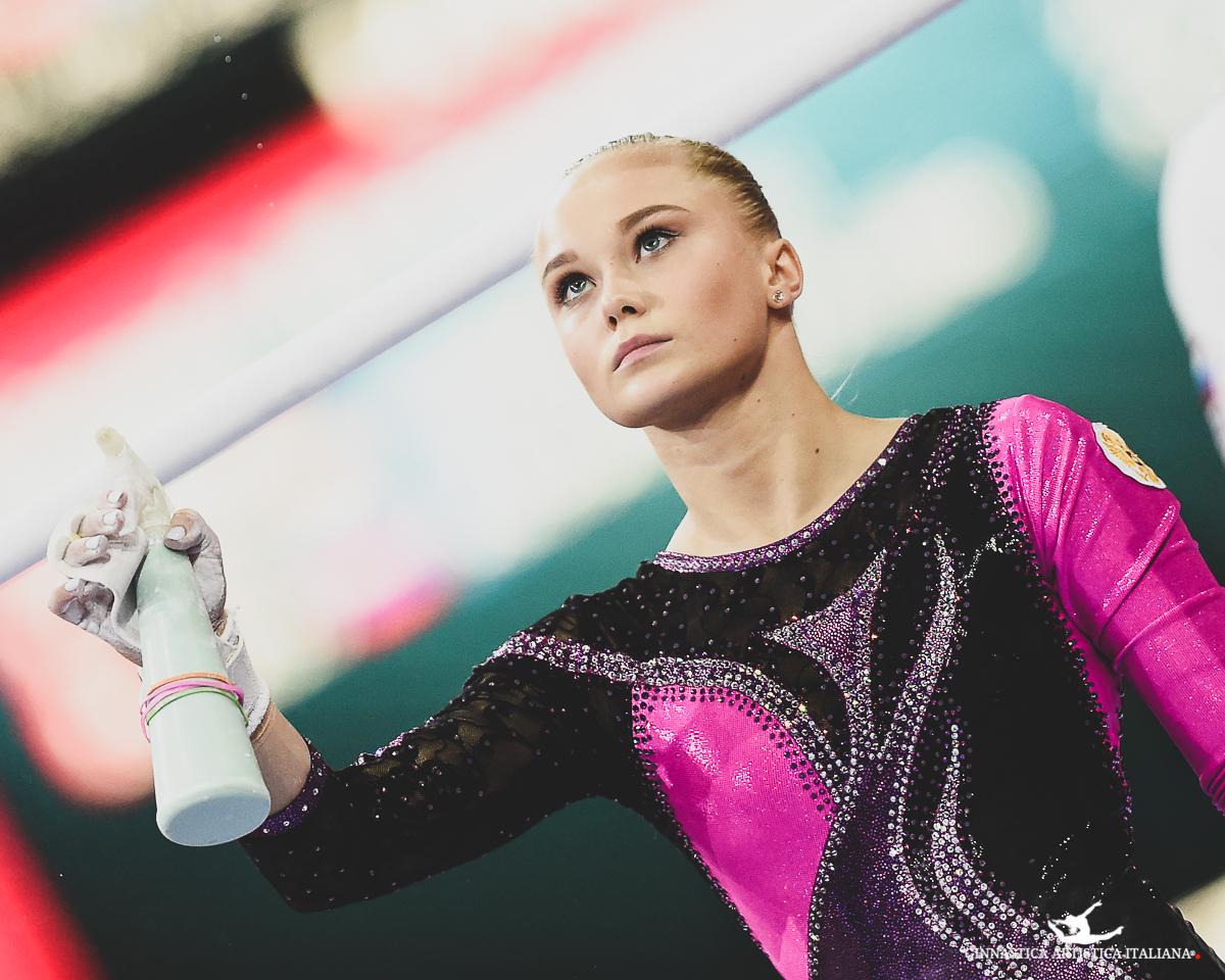 Angelina Melnikova Stuttgart 2019